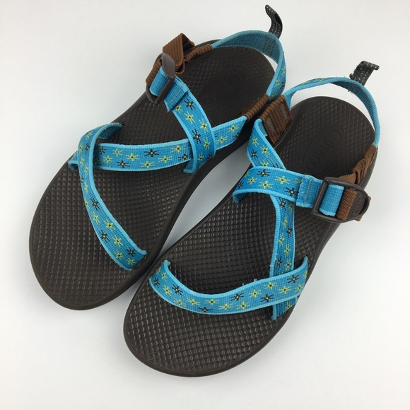 3a3ebe89a0f6 Chaco Shoes - Blue   Brown Z1 Chacos Womens 8 (Youth ...